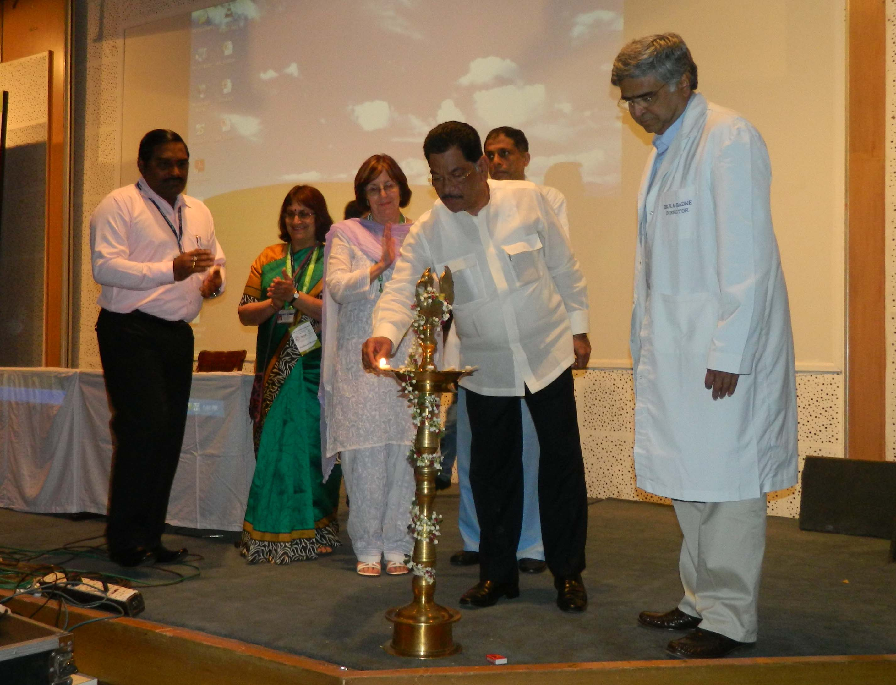 The Maharastra Minister of Health officially opens the first ICPCN Conference